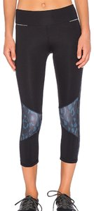 ALALA ALALA Blocked Crop Tight Black Blue Camo