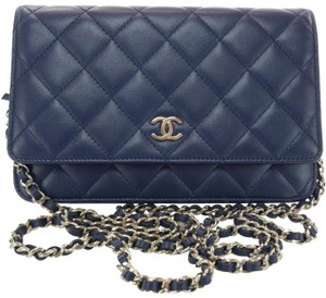 f4b87f3fb3c889 Blue Lambskin Leather Chanel Cross Body Bags - Over 70% off at Tradesy