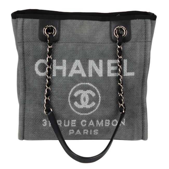 Item - Deauville Near New 6980 Gray Canvas Tote