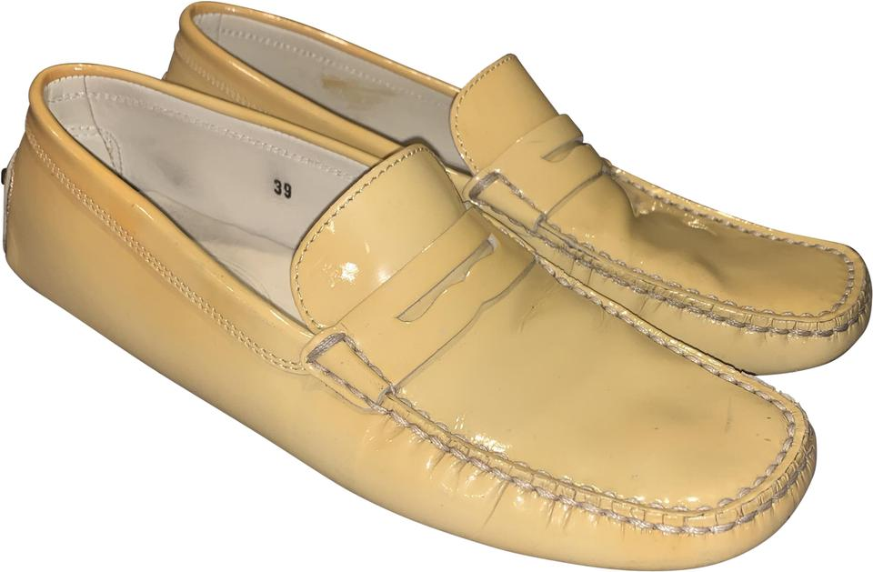 cb648c53740 Tod s Yellow Patent Leather Penny Loafer Driving Flats Size EU 39 ...