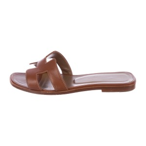64c6f6d15894 Hermès Sandals - Up to 90% off at Tradesy