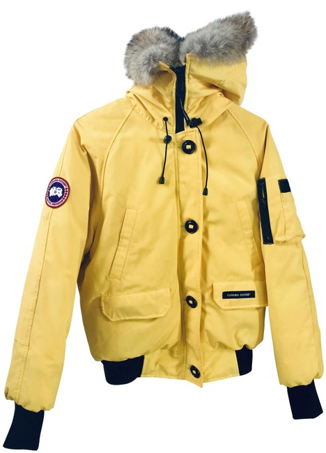 Item - Yellow Chilliwack Bomber Jacket Medium Coat Size 8 (M)