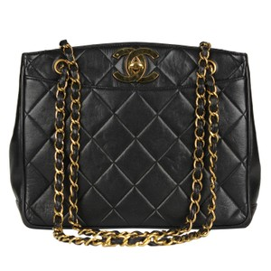 f1e62ae09fb3 Chanel Quilted Gold Hardware Vintage Leather Tote in Black