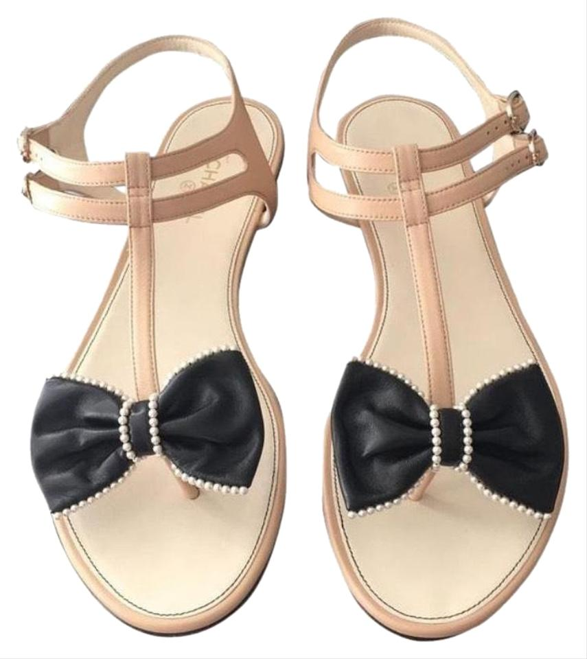 e6a55267c4af Chanel Black and Nude Bow Sandals. Size  EU 40 (Approx. US 10) Regular ...