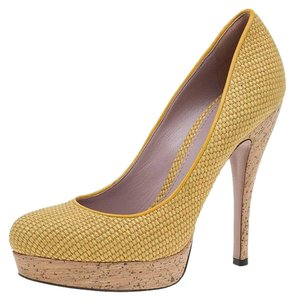 131ef2f7289 Women s Gucci Shoes - Up to 90% off at Tradesy