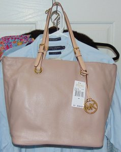 4b8635eeabff1c Michael Kors New Vintage All Leather Tote in NWT Blush Natural Vachetta  Strap