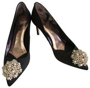 ac1bdf17e46d29 Ted Baker Pumps - Up to 90% off at Tradesy