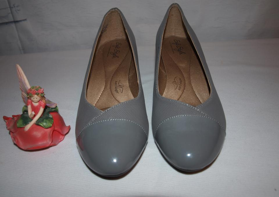 5d9ca18703fe Hush Puppies Kitten Heels Soft Style Soft Style Heels Comfortable Gray Pumps  Image 5. 123456