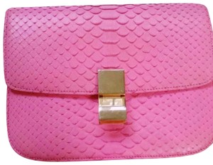 58b8cf7fe447 Céline Pink Bags - Up to 70% off at Tradesy (Page 3)