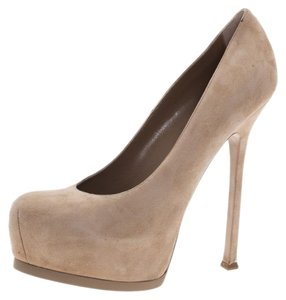 c2ac202c575 Beige Saint Laurent Pumps - Up to 90% off at Tradesy