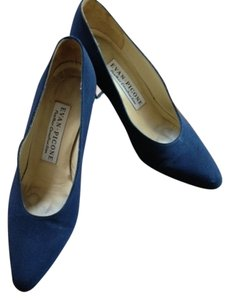 Evan Picone Silk Navy Blue Pumps