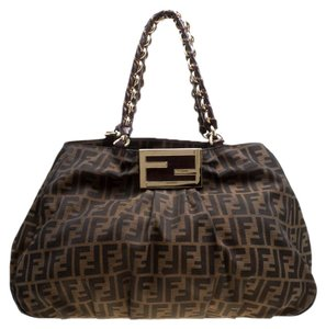 Fendi on Sale - Up to 70% off at Tradesy 14f181ee9b