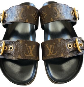 cb0b8b12305d Louis Vuitton Shoes on Sale - Up to 70% off at Tradesy (Page 7)