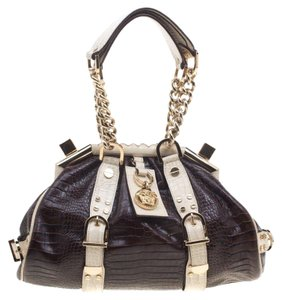 Versace Bags - Up to 90% off at Tradesy 043942896dc1d