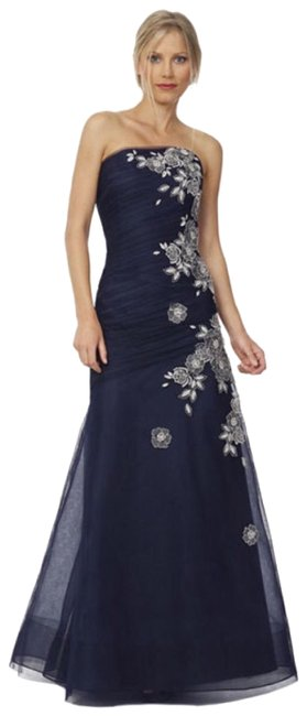 Item - Navy Strapless Tulle Embroidered Gown Long Formal Dress Size 6 (S)