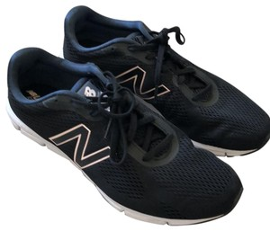 0d87b15fd87 New Balance Sneakers - Up to 90% off at Tradesy