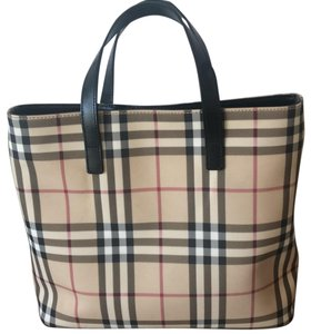 762921d4476c Red Burberry London Bags - Up to 90% off at Tradesy