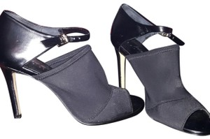 lord and taylor black pumps