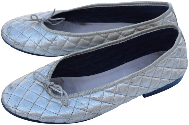 Item - Gold Quilted Flats Size US 9.5 Regular (M, B)