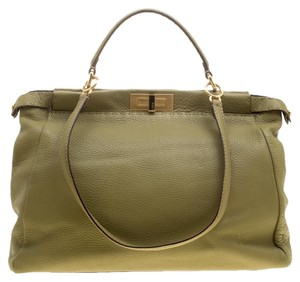 a44a7af35442 Fendi Peekaboo Collection - Up to 70% off at Tradesy (Page 4)