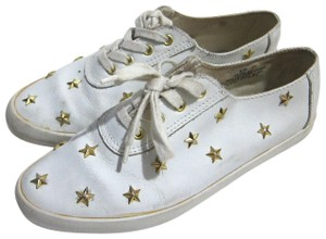 Daniel Green Leather 6 Casual Star Studded white Flats