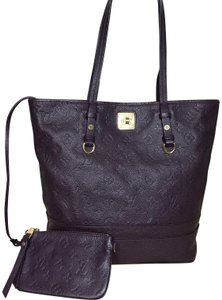 958b8fa6dba Purple Louis Vuitton Shoulder Bags - Up to 90% off at Tradesy
