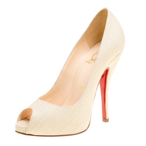 ed66310832 Women's Christian Louboutin Shoes - Up to 90% off at Tradesy