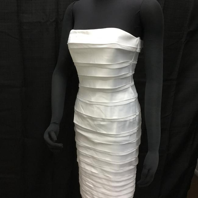 Item - Synthetic Short Smart and Sexy Casual Wedding Dress Size 4 (S)