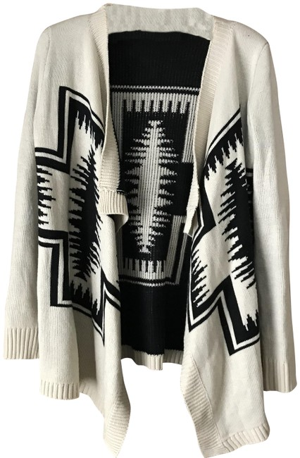 Preload https://img-static.tradesy.com/item/24829861/debut-cream-and-black-open-cascade-cardigan-size-8-m-0-1-650-650.jpg