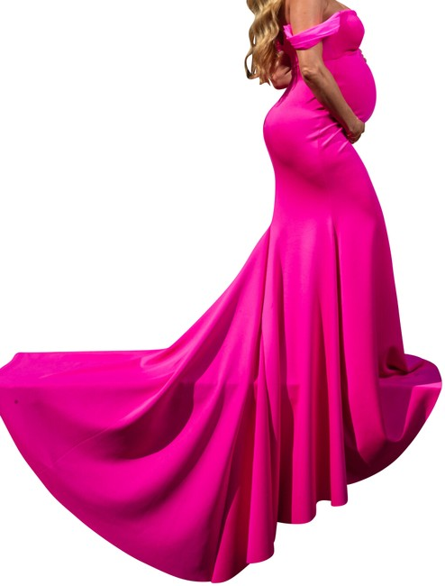 Preload https://img-static.tradesy.com/item/24830016/fucsiahot-pink-maternity-dress-size-8-m-0-1-650-650.jpg