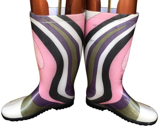 Preload https://img-static.tradesy.com/item/24830339/emilio-pucci-multicolored-swirl-print-bootsbooties-size-eu-37-approx-us-7-regular-m-b-0-1-540-540.jpg