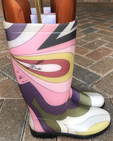 Emilio Pucci Shaft Height 12
