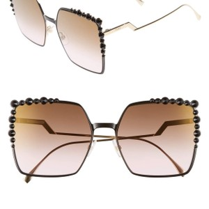 ce340a47932 Fendi Matte Black and Gold Two-tone Ss17 Runway 60mm Gradient Square ...