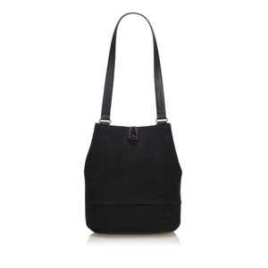 7823cd62fcfb Black Burberry Shoulder Bags - Up to 90% off at Tradesy (Page 2)