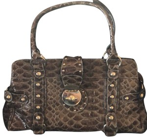 Guess Bags - 70% - 90% off at Tradesy