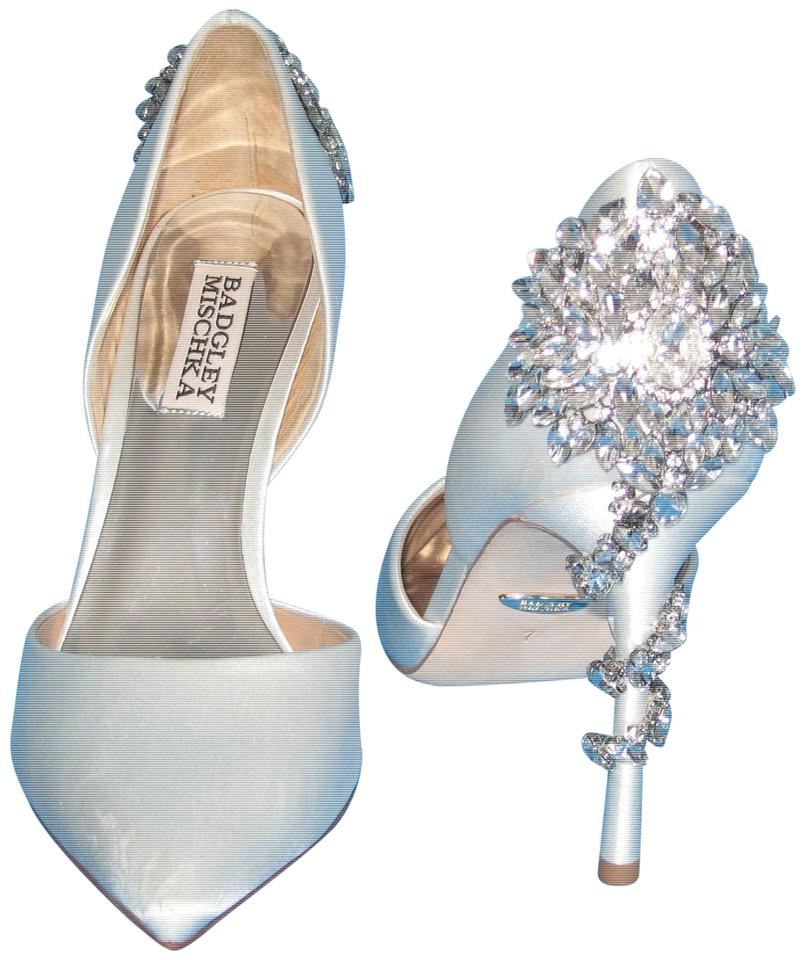 84769f547f92 Badgley Mischka Vogue Soft Pointed Toe Jeweled Ankle White Formal Image 0  ...