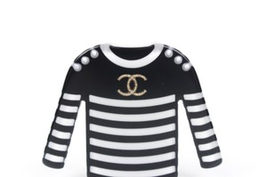 Chanel New 2018 Sweater Brooch Pin CC Logo Pearl Black & White Stripes