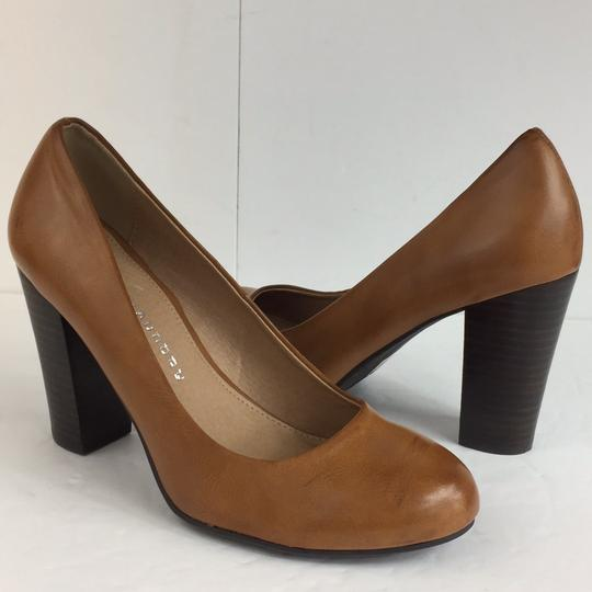 Chinese Laundry brown Pumps Image 6