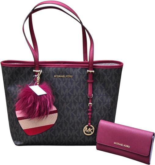 Preload https://img-static.tradesy.com/item/24834181/michael-kors-3-pc-new-jet-set-travel-carryall-and-wallet-and-pom-pom-browncherry-pvcsaffiano-leather-0-1-540-540.jpg
