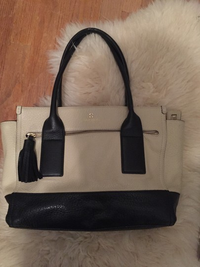 Kate Spade Leather New York Gold Hardware Tote in Tan Image 4