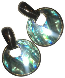 Vintage Vintage abalone shell gold clasp earrings