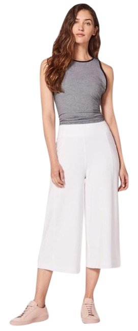 Item - White Blissed Out Culottes Activewear Bottoms Size 10 (M)