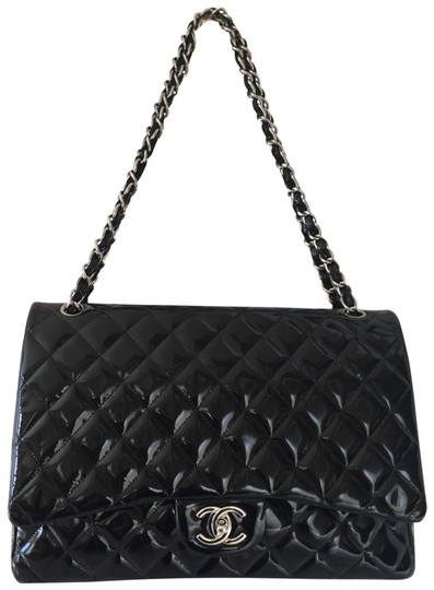 Preload https://img-static.tradesy.com/item/24835063/chanel-classic-quilted-double-flap-black-patent-leather-shoulder-bag-0-1-540-540.jpg