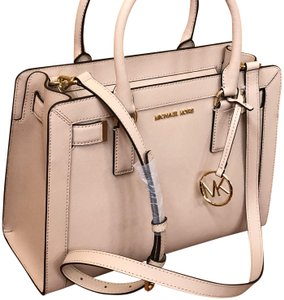 b5d3c650a5ffa1 Pink Michael Kors Satchels - Over 70% off at Tradesy