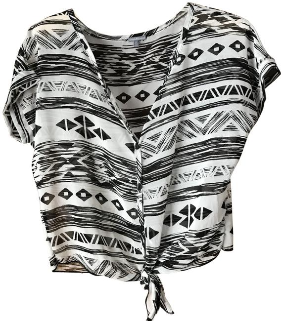 Preload https://img-static.tradesy.com/item/24835959/charlotte-russe-white-wblack-sheer-geometric-blouse-size-8-m-0-1-650-650.jpg
