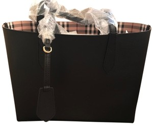 Burberry Reversible Leather Tote in Black and Haymarket Check