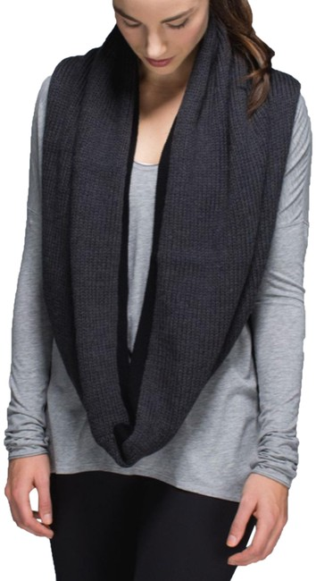Item - Heathered Black/Black Blissed Out Circle Scarf/Wrap