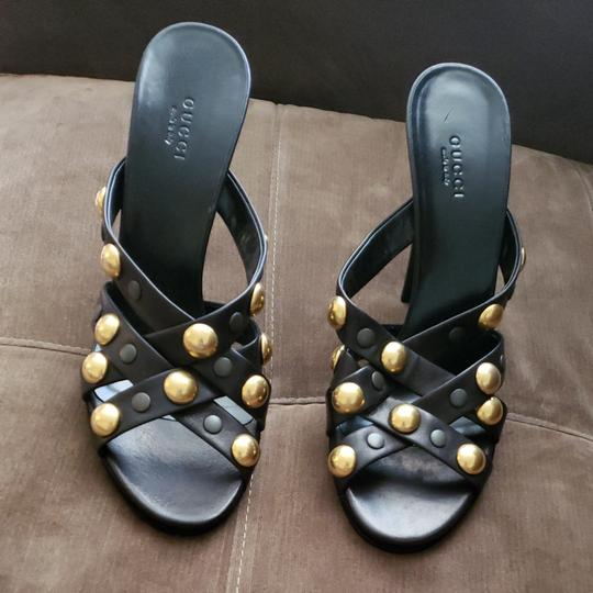 Preload https://img-static.tradesy.com/item/24836439/gucci-black-leather-babouska-gold-stud-bootsbooties-size-us-10-regular-m-b-0-0-540-540.jpg