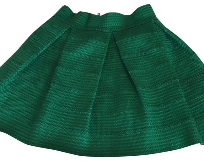 Item - Emerald Green Pleated Mid Thigh Skirt Size 12 (L, 32, 33)