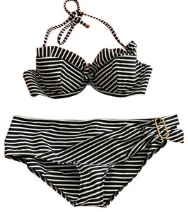 1bcc2368a1 Louis Vuitton Swim on Sale - Up to 70% off at Tradesy